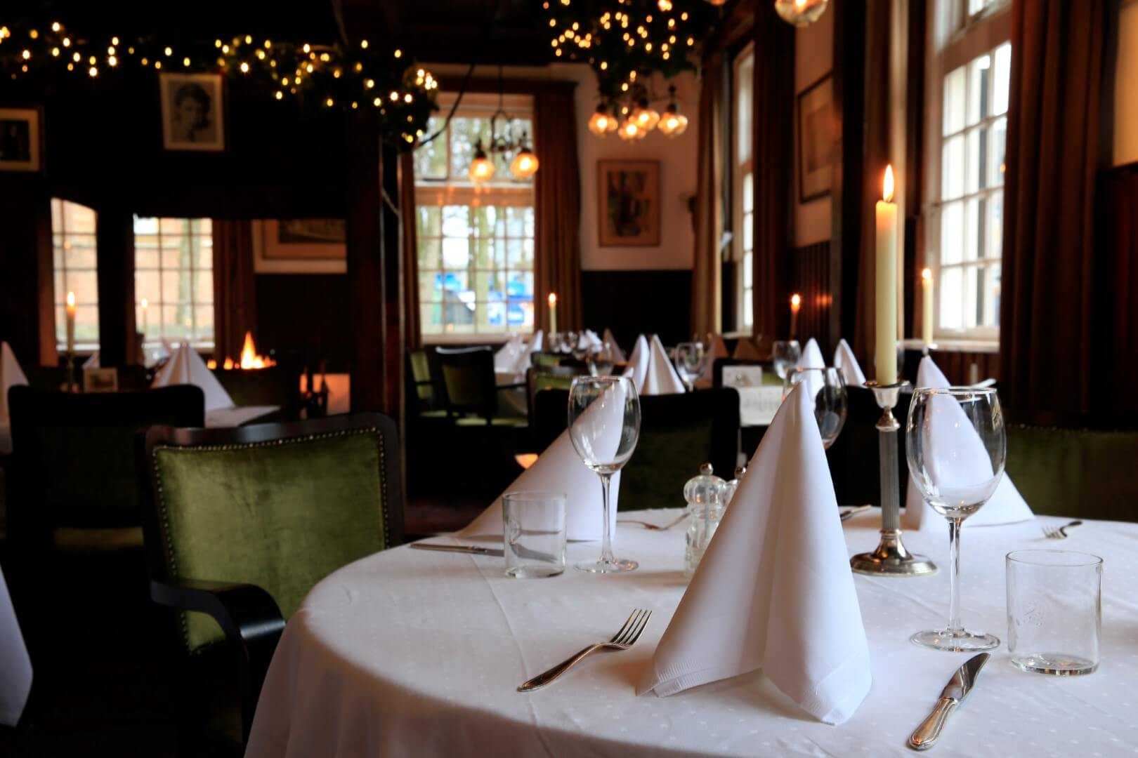 Huis met de Pilaren Bergen restaurant (21)